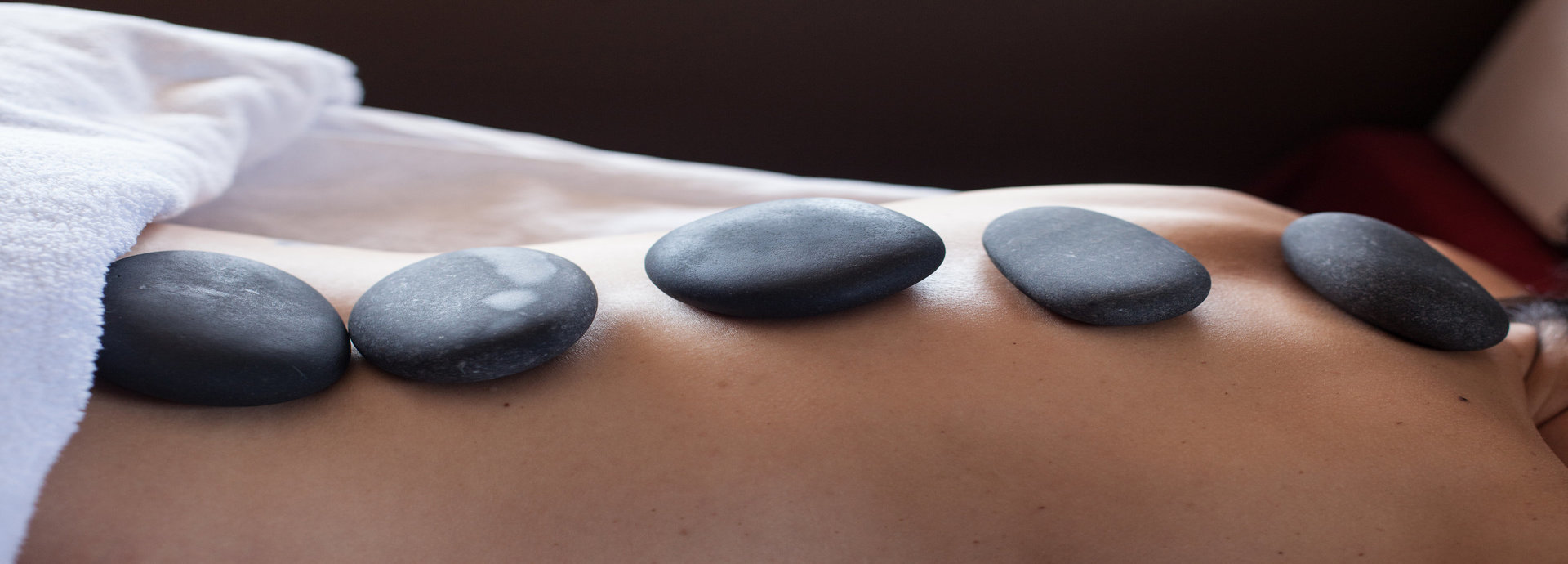 Hot Stone Massage – Extended Full Body